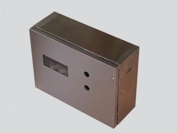 Cassetta in acciaio inox a disegno
