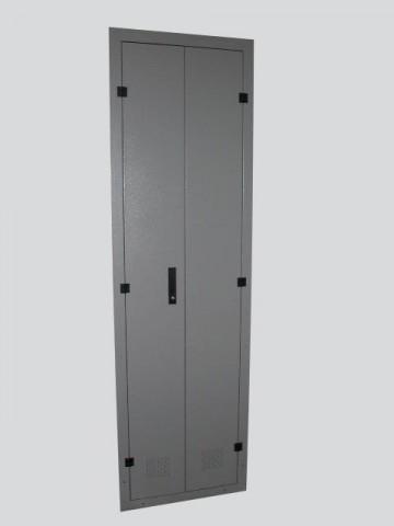 Armadi contatori per esterni con doppia porta for Armadi per esterni